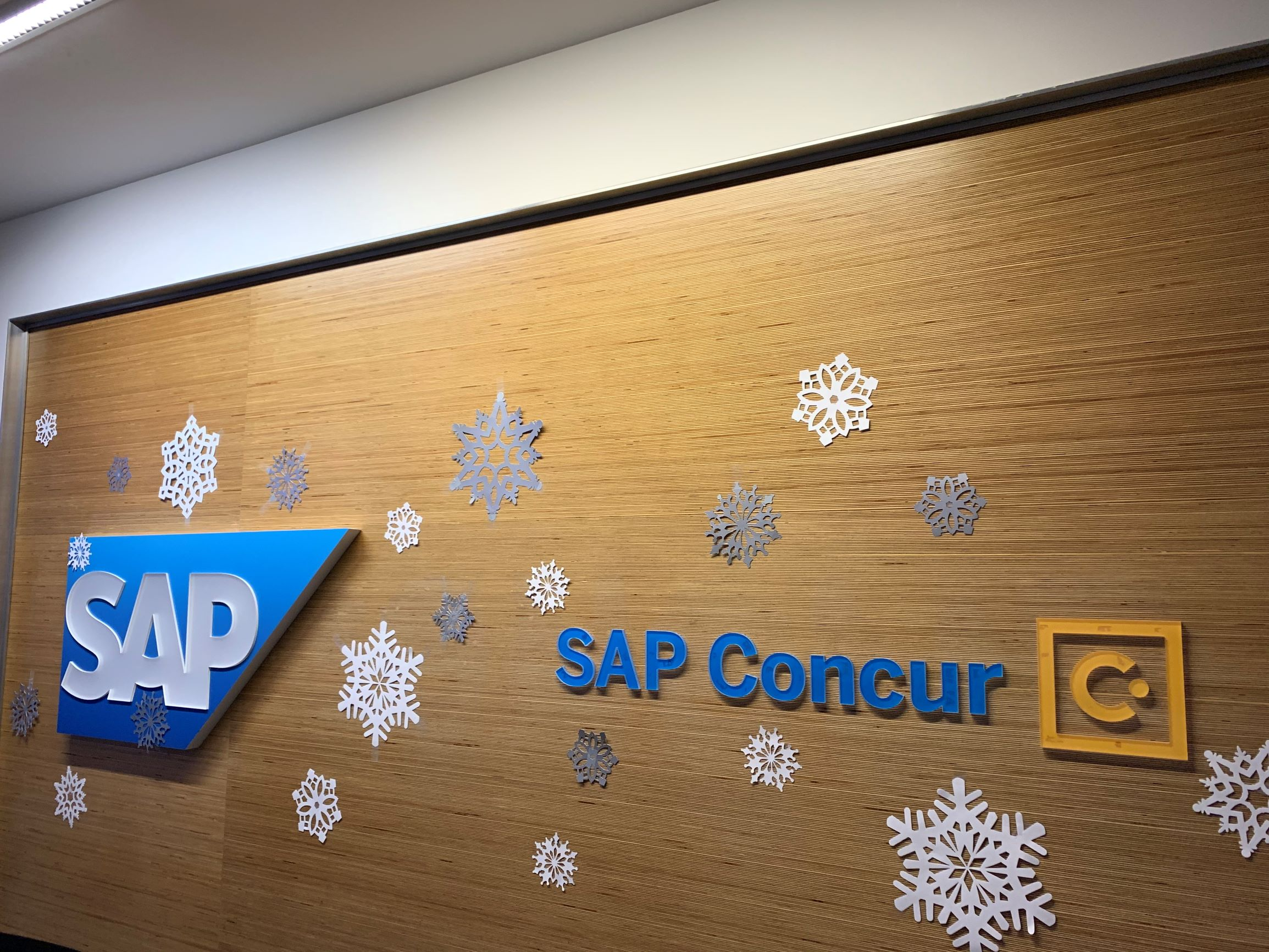SAP Concur decorates office for the Holidays