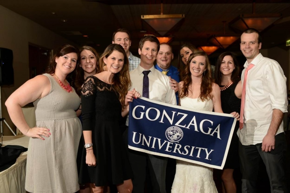 187 love to give � 3 proud zag couples